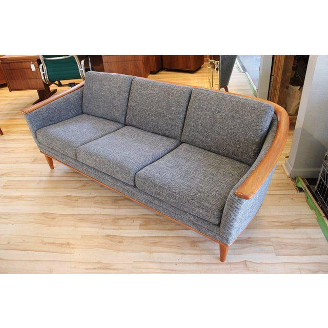 Mid-Century Modern Sofa With New Foam & Upholstery, 1960s For Sale - Image 11 of 11