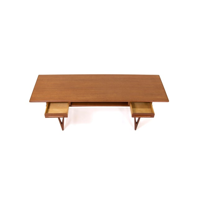 Brown 1960s Vintage Ew Bach for Toften Mobelfabrik Teak Coffee Table For Sale - Image 8 of 11