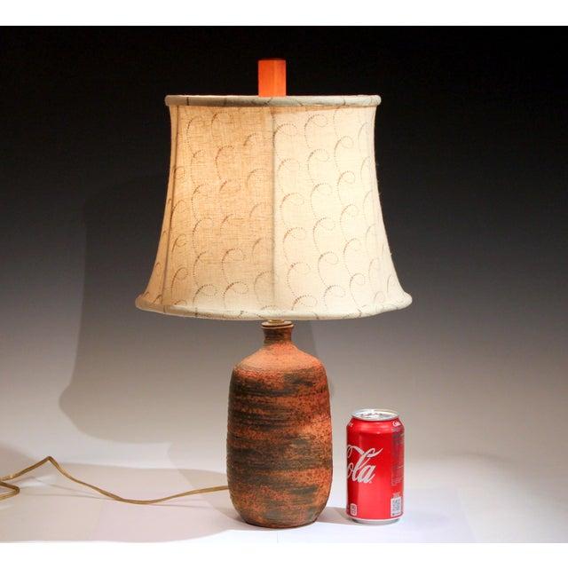 Red Vintage Polia Pillin Pottery Lava Sand Textured Mid Century Mid-Century Modern Studio Vase Lamp For Sale - Image 8 of 9