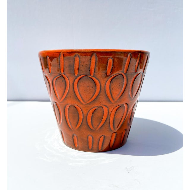Great burnt orange small planter marked made in Italy, most likely Bitossi.
