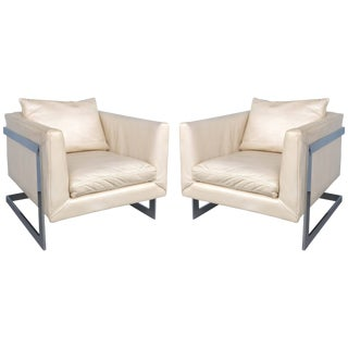 Midcentury Milo Baughman Cantilevered Chrome and Ivory Leather Club Chairs, Pair For Sale