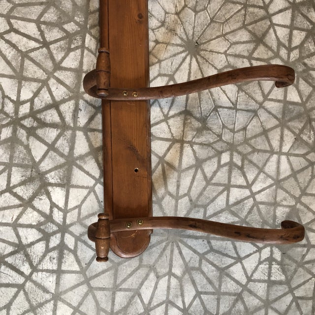 Vintage 5 Rung coat or hat rack- great condition and easy to hang with a few screws