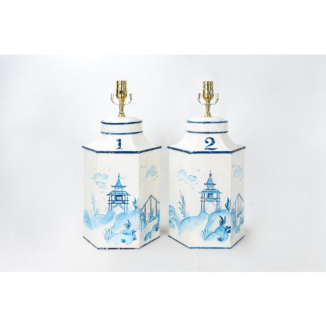 """Vintage English Export Chinoiserie Blue & White Tole Hexagon Tea Caddy Lamp """"#2"""" For Sale In New York - Image 6 of 7"""