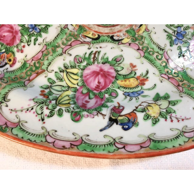 19th Century Chinese Rose Medallion Platter For Sale - Image 5 of 9