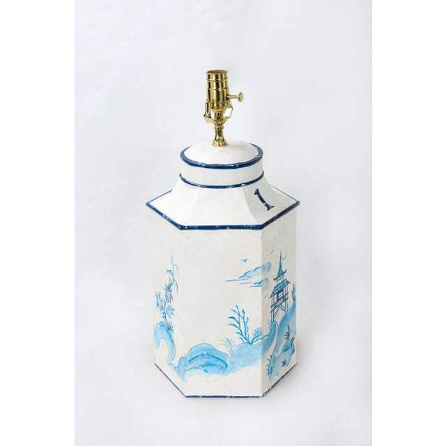 """Chinoiserie Vintage Blue & White English Export Chinoiserie Tole Hexagon Tea Caddy Lamp """"#1"""" For Sale - Image 3 of 7"""