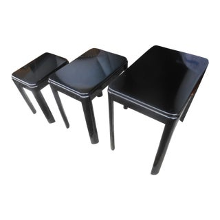 Vintage Mid-Century Black Lacquer Nesting Tables- Set of 3 For Sale