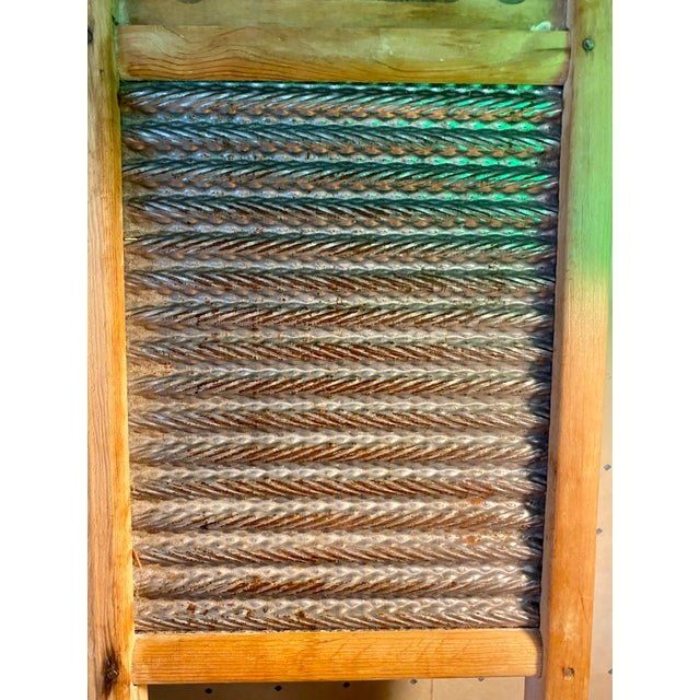 1930s Vintage Busy Bee No. 16 Wood & Metal Lingerie Washboard For Sale - Image 4 of 6