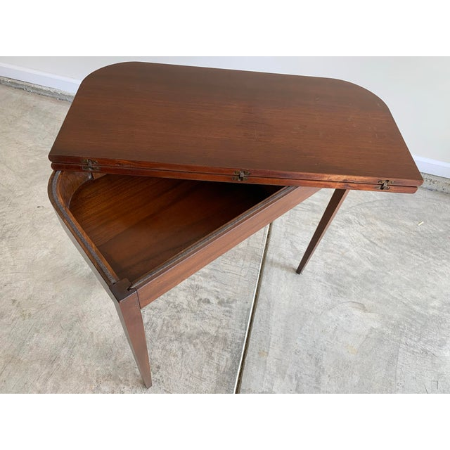 Antique Mutual Furniture Co. Flip Top Mahogany Card Table For Sale - Image 4 of 12