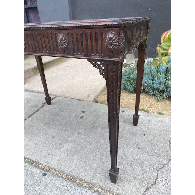 Fine 19th C. English / Irish Mahogony Tea Table For Sale - Image 4 of 12