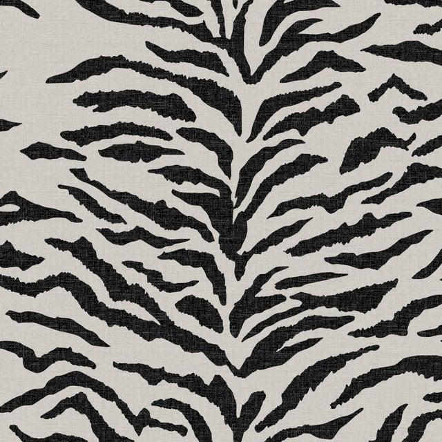 Queen Bed, Linen Zebra Cream Black For Sale - Image 4 of 6
