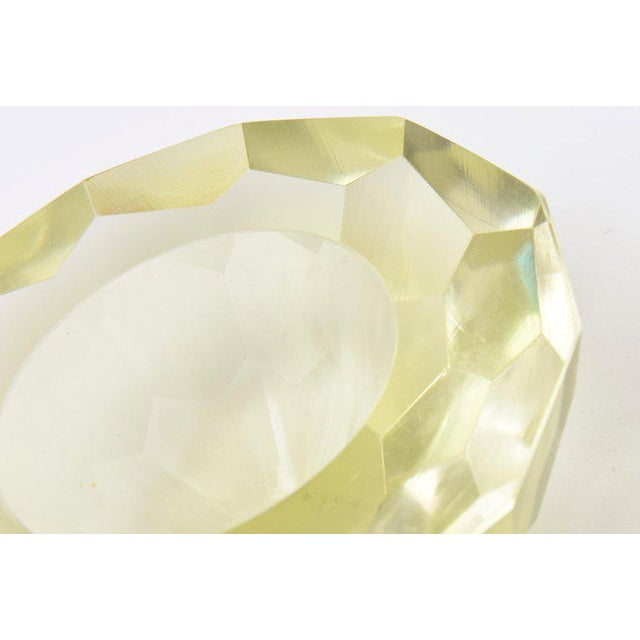 Italian Vintage Murano Diamond Faceted Geode Sommerso Glass Bowl For Sale In Miami - Image 6 of 11