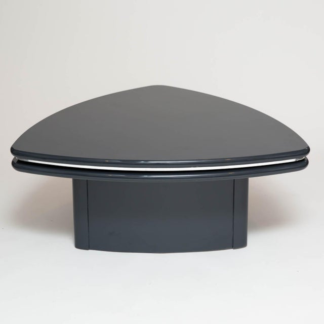 Modern Butterfly Coffee Table In Grey Lacquer For Sale - Image 5 of 9