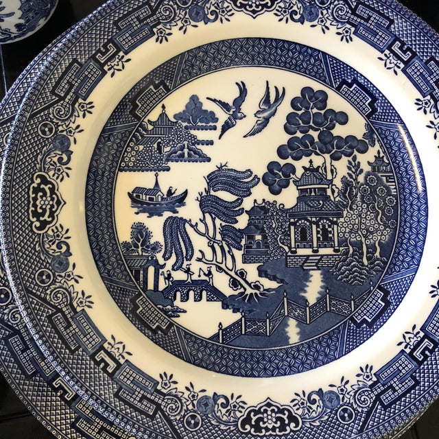 1980s 1980s Vintage Blue Willow Churchill England Serveware Collection - 36 Pieces For Sale - Image 5 of 12