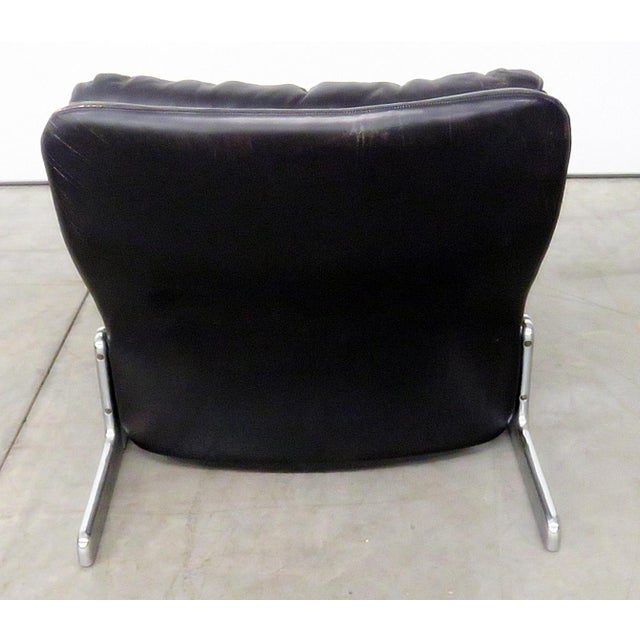 Silver 1970s Mid-Century Modern Ammanti & Vitelli Leather Chair and Ottoman - 2 Pieces For Sale - Image 8 of 9