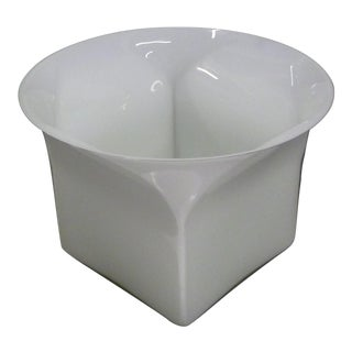 1960s Vintage Sergio Asti for Venini, Murano Mid Century Modern Cased White Glass Vessel For Sale