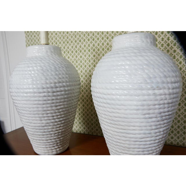 Americana Hollywood Regency Pair of White Rope Urn Lamps For Sale - Image 3 of 7