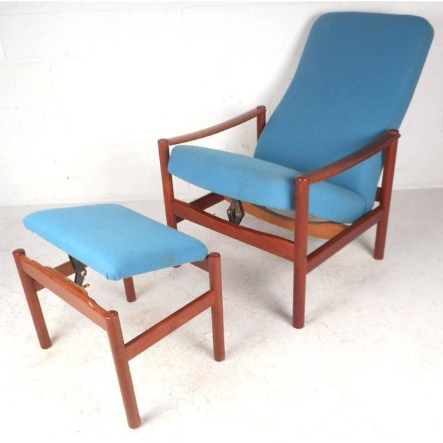 Mid-Century Modern Lounge Chair and Ottoman by Westnofa - Image 2 of 11
