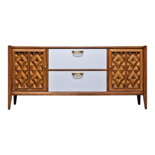 1960s Mid Century Modern Broyhill Premier Diamond Head Buffet For Sale