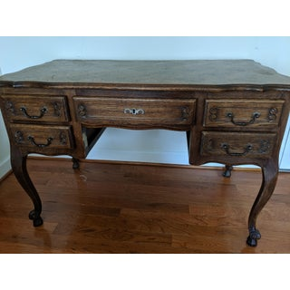 18th Century Chippendale Desk & Chair Preview
