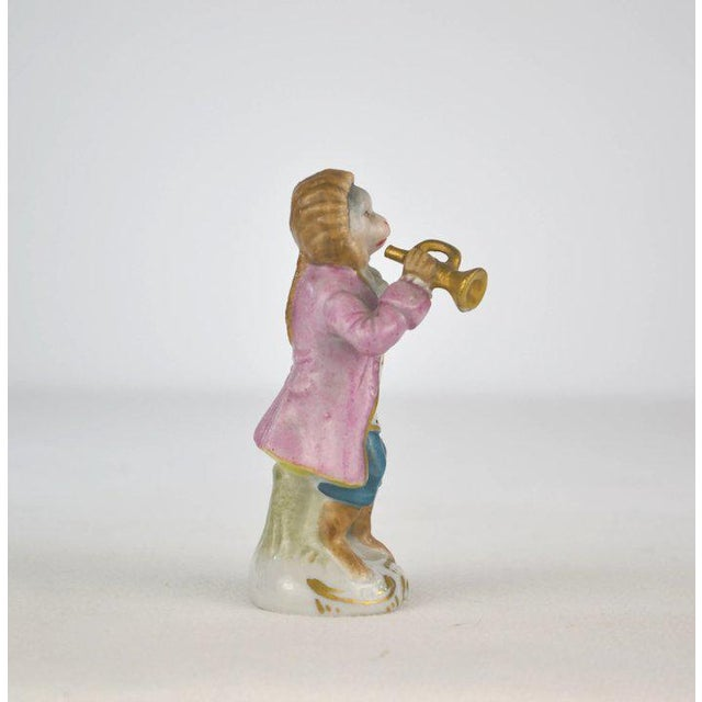1910s Antique Porcelain Monkey Musician, from Germany For Sale - Image 5 of 8