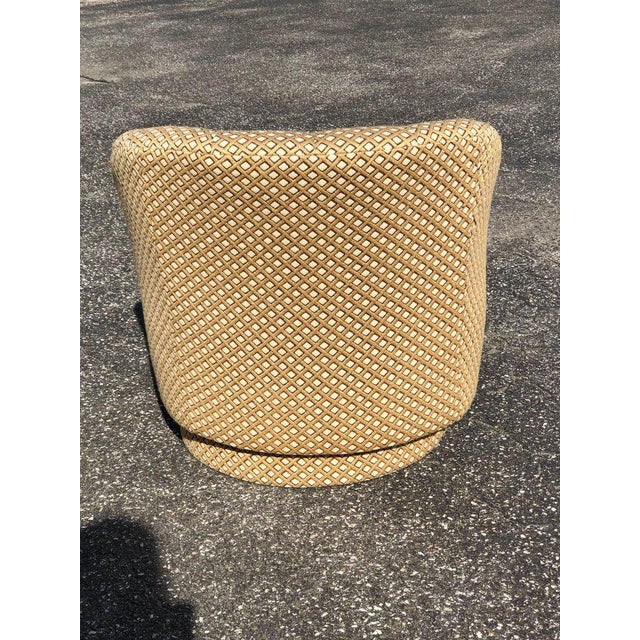 1970s 1970s Mid-Century Modern Directional Barrel Back Swivel Club Chair With Ottoman - 2 Pieces For Sale - Image 5 of 12