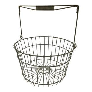 Vintage Farmhouse Metal Wire Egg Gathering Basket For Sale