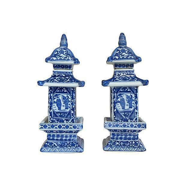 Chinese Blue & White Pagoda Jars - A Pair - Image 2 of 3