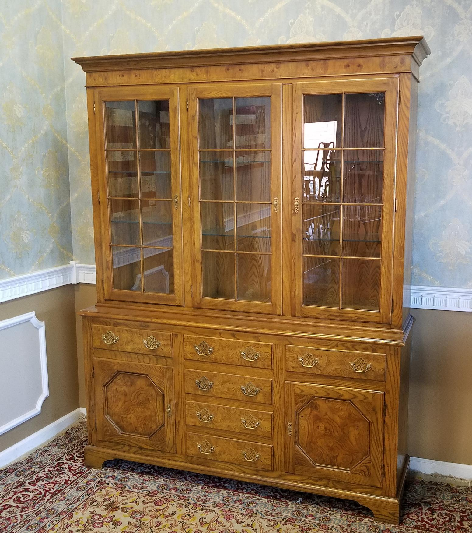 Queen Anne Baker Furniture Queen Anne Style Elm U0026 Oak China Cabinet For  Sale   Image