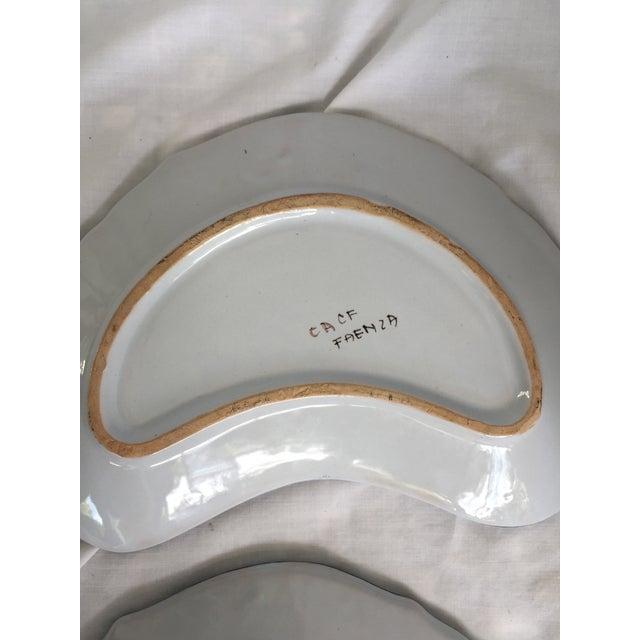 Italian CACF Faenza Italian Pottery Bone Plates - a Pair For Sale - Image 3 of 13