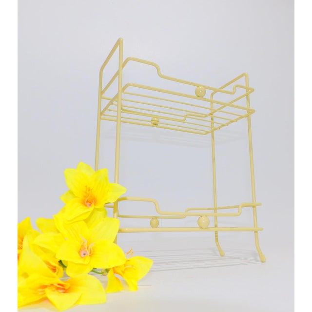 Its the pop of color you are looking for! Don't miss out, I only have one of these gorgeous shelves.