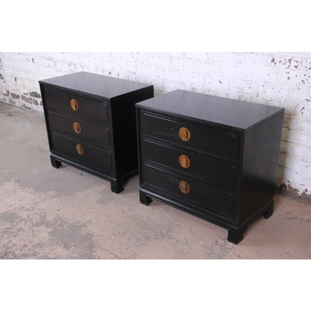 Asian Ebonized Hollywood Regency Chinoiserie Large Nightstands or Bachelor Chests by Davis Cabinet Co., Pair For Sale - Image 3 of 10