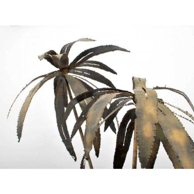Brutalist Illuminated Brutalist Palm Tree Sculpture in Paul Evans Style Pot, Circa 1970 For Sale - Image 3 of 5