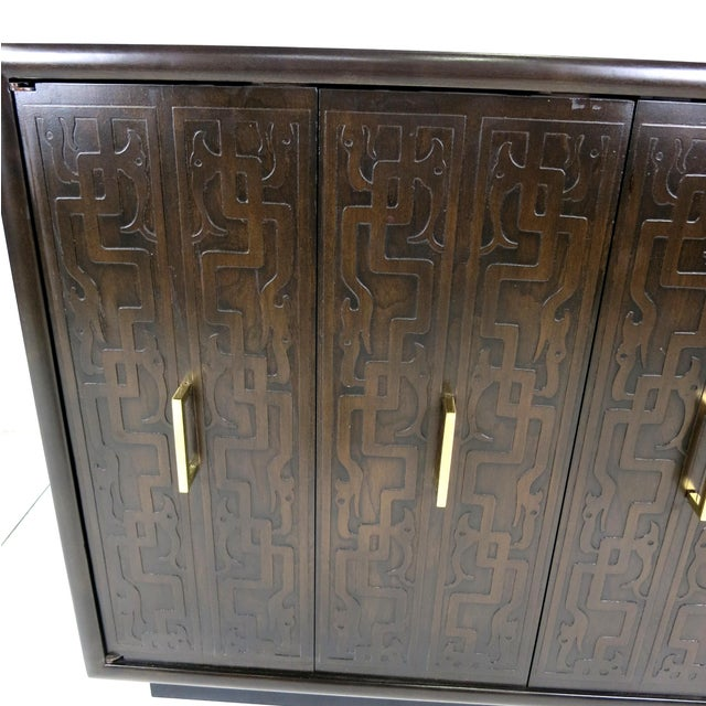 1960s Pair of Exotic Embossed Front Cabinets by John Widdicomb For Sale - Image 5 of 5