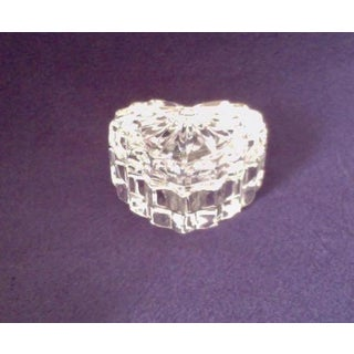 Heart Shaped Cut Crystal Box W/ Matching Lid Preview