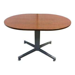 Contemporary Steelecase Scape Series Integrated Small Conference Table For Sale