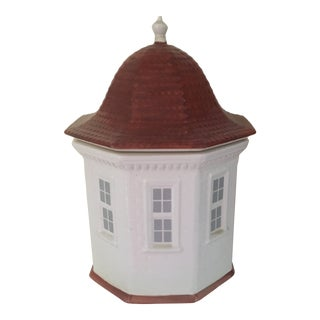 Mottahedeh Replica of Schoolhouse at Mt Vernon Porcelain Figurine Jar For Sale