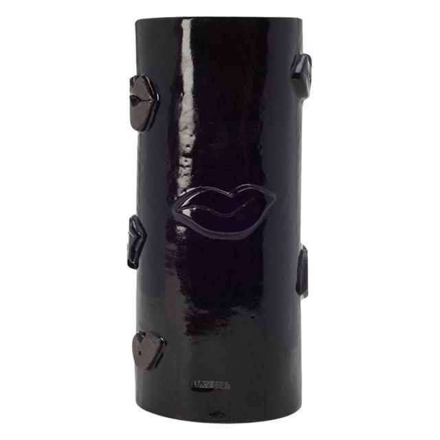 Noir Kiss Vase - Image 1 of 3