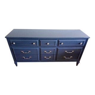 Bassett High Gloss Gray Nine Drawer Dresser
