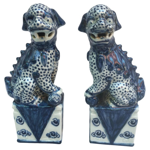 Blue & White Foo Dogs - A Pair - Image 1 of 9