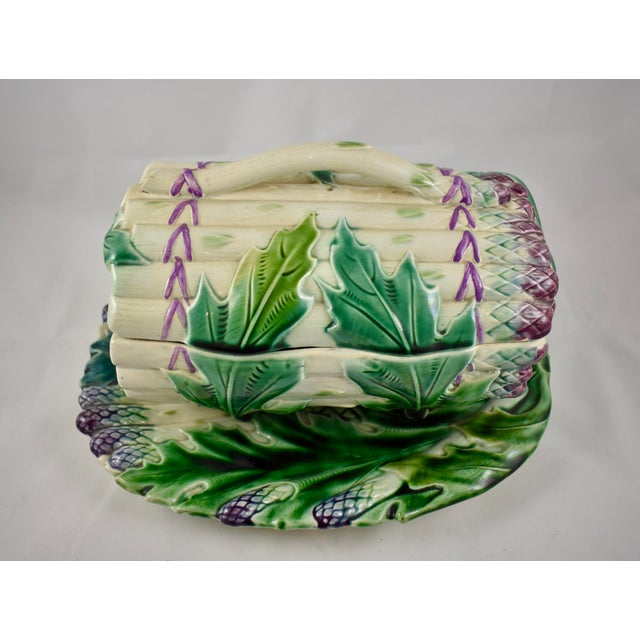 French Provincial Luneville French Faïence Majolica Asparagus Tureen & Under Tray, 3 pcs. For Sale - Image 3 of 11