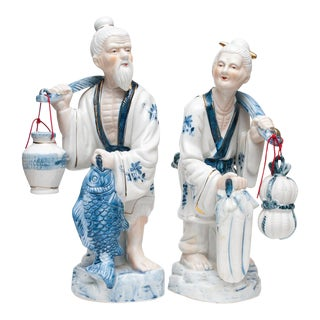 1960s Large Vintage Chinoiserie Blue & White Figurines - a Pair For Sale