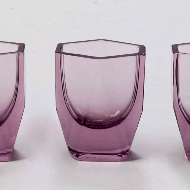 Glass Art Deco Amethyst Glass Decanter and Glasses - Set of 5 For Sale - Image 7 of 8
