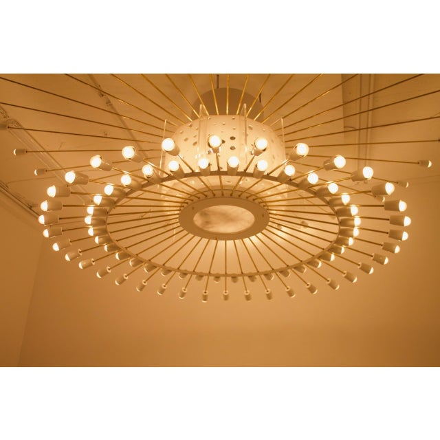 Brass Spectacular Giant Sputnik Ceiling Lamp With 132 Bulbs in Brass, Lucite & Metal, 1950s For Sale - Image 7 of 13