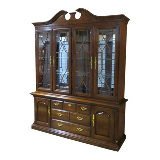 Thomasville Traditional Style Cherry 2 Piece China Cabinet For Sale