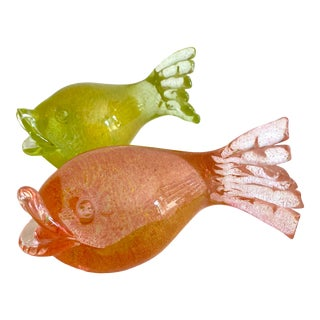 Fratelli Toso Mid Century Modern Murano Art Glass Aventurine Gold Fleck Sculptural Fish Paperweight Objects - Set of 2 For Sale