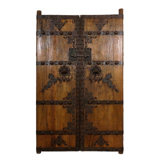 19th Century Antique Chinese Massive Court Yard Door For Sale