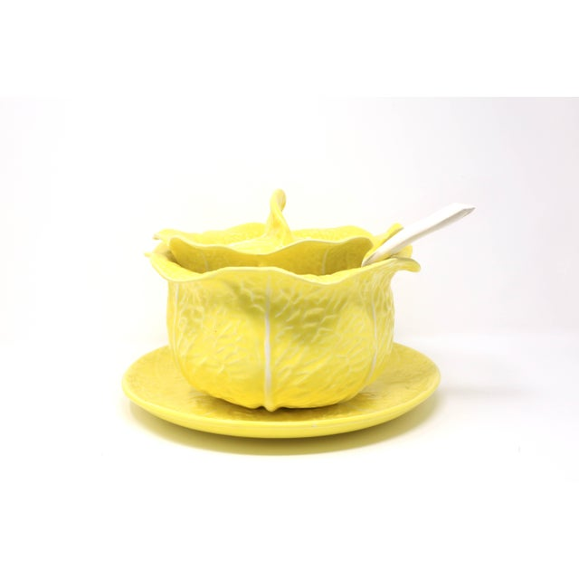 1970s Vintage Secla Yellow Cabbage Soup Tureen With Lid, Ladle and Underplate - Set of 4 For Sale - Image 5 of 13