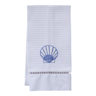Blue Scallop Guest Towel White Waffle Weave, Ladder Lace, Embroidered For Sale