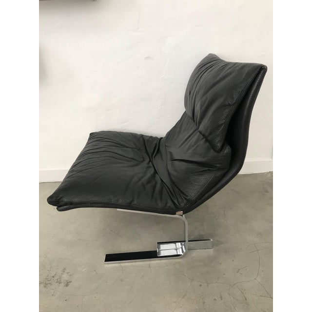 """Late 20th Century Giovanni Offredi """"Onda"""" Postmodern Wave Lounge Chair for Saporiti For Sale - Image 5 of 11"""
