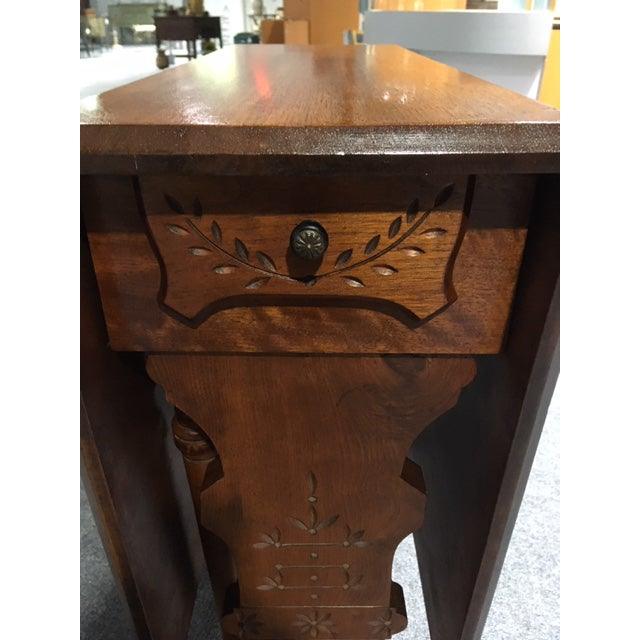 19th Century Pennsylvania Dutch Swing Leg Table For Sale - Image 4 of 13